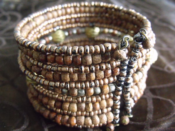 Bracelet fantaisie style Africain 4 Lesquin (59)