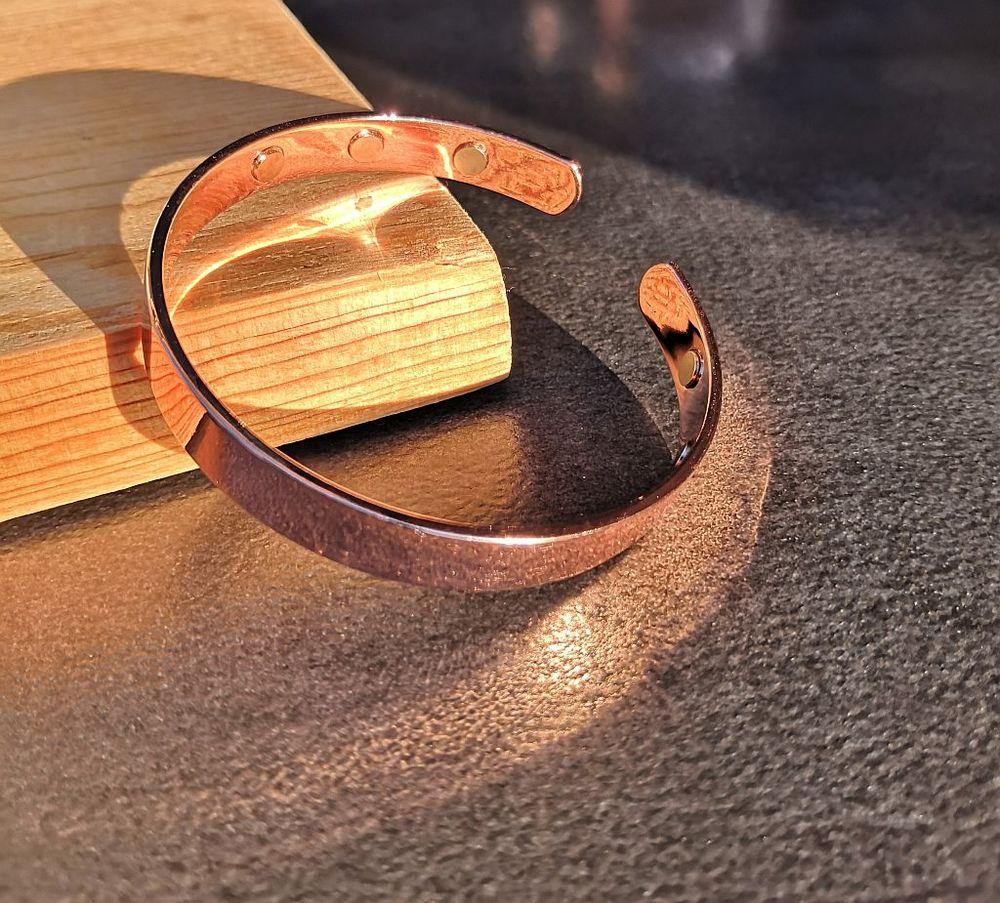 Bracelet jonc en cuivre magnétique finition lisse 12 La Seyne-sur-Mer (83)
