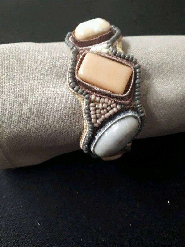 bracelet jonc en velours 1 La Ferté-sous-Jouarre (77)