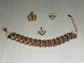 Bracelet à piécettes et bague plaqué or. 35 Châtenay-Malabry (92)