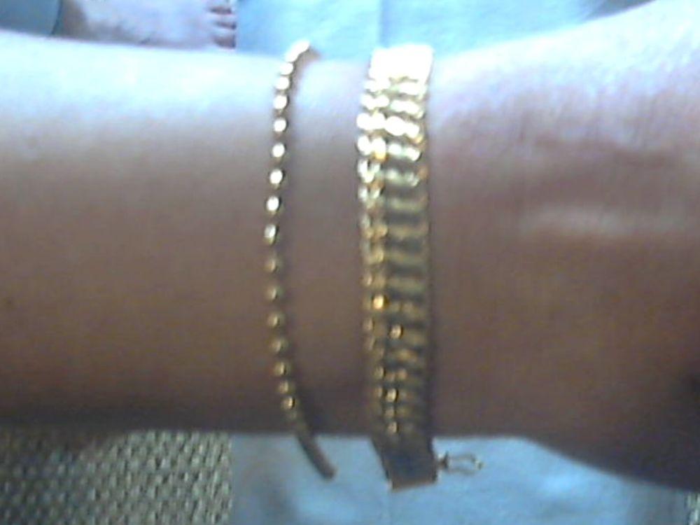 un bracelet en plaqué or de la marque MURAT, 60 Caen (14)