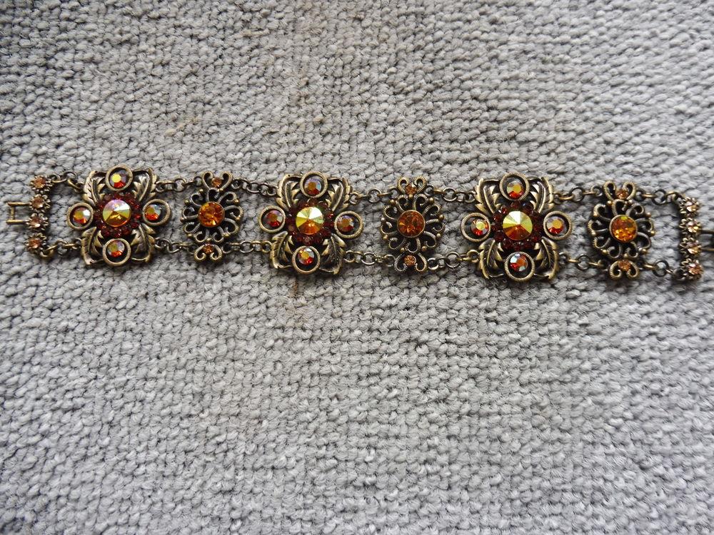 bracelet 15 Saint-Sauveur-en-Puisaye (89)