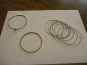 10 bracelets différents fantaisies dont un avec une boule 0 Mérignies (59)