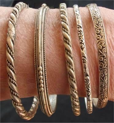 lot de 5 bracelets métal argenté et ciselé  16 Saint-Germain-du-Plain (71)