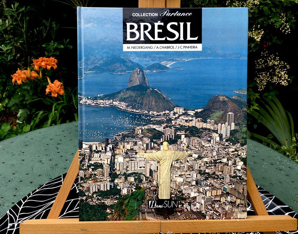 BRÉSIL ; Beau grand livre d'art et de voyage relié Neuf,175p 6 L'Isle-Jourdain (32)