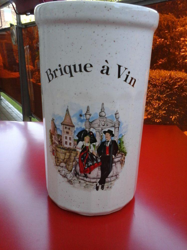 Brique à vin 12 Lille (59)