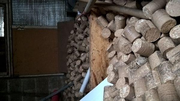 bois de chauffage occasion dans le pas de calais 62 annonces achat et vente de bois de. Black Bedroom Furniture Sets. Home Design Ideas