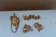 BROCHES BEAUX MODELES DIFFERENTS Bijoux et montres