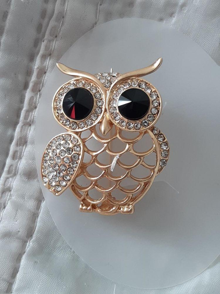 Broches neuves en perles et brillants 20 Châtenay-Malabry (92)