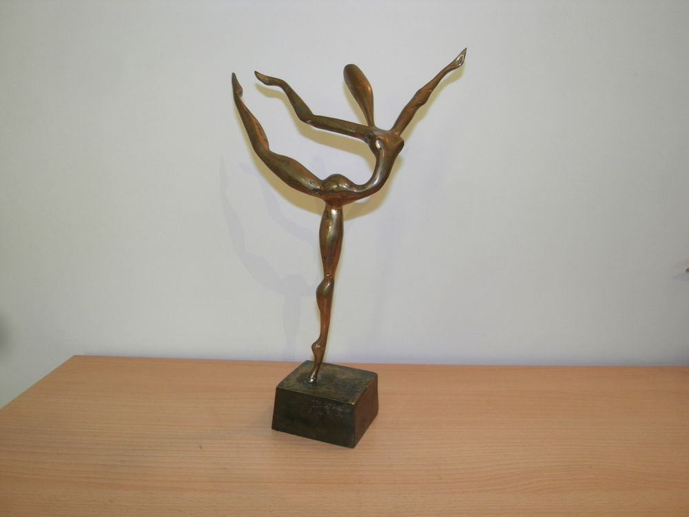 Bronze yves lohe danseuse 240 Lamalou-les-Bains (34)