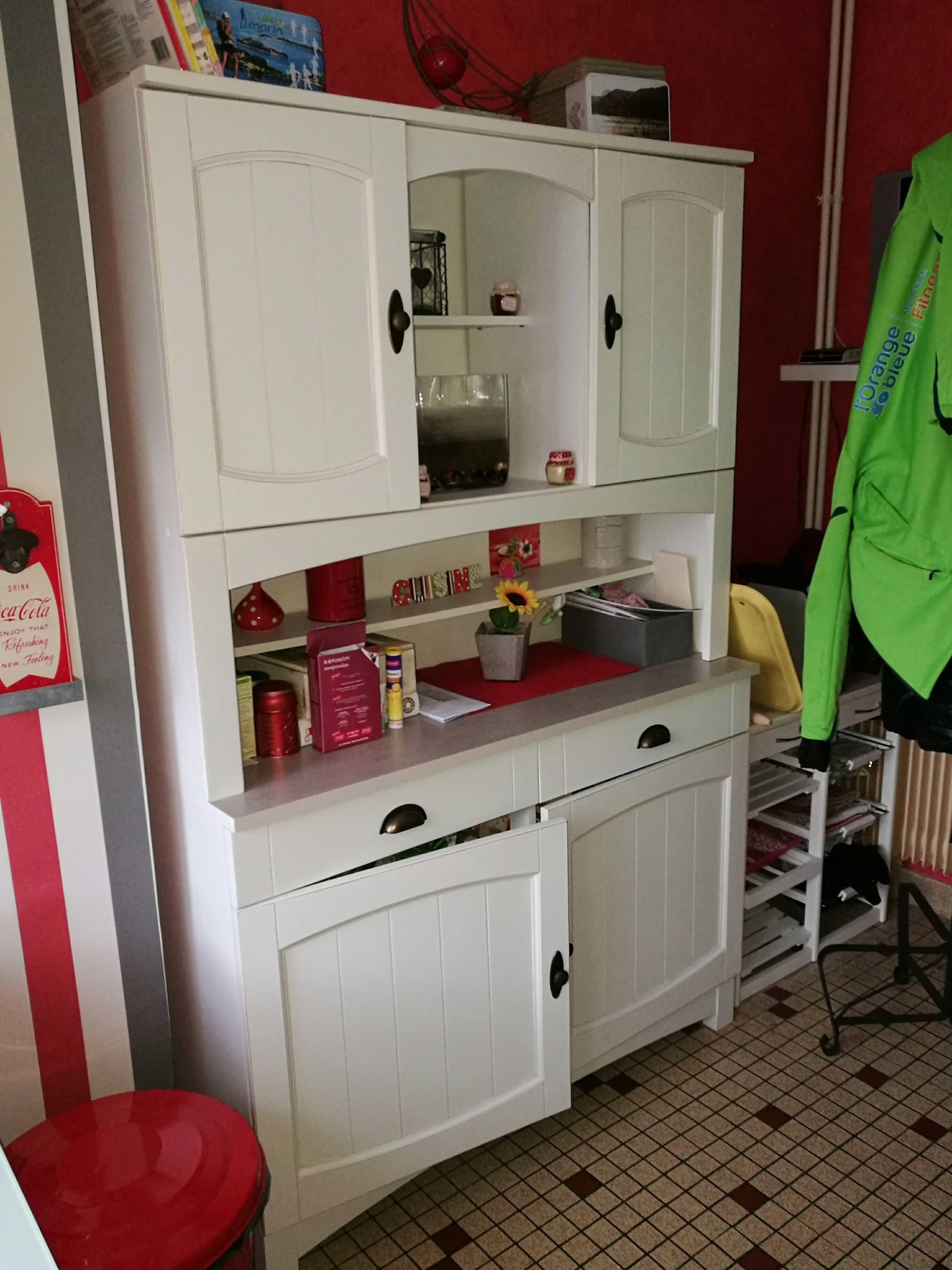 meubles de cuisine occasion dans la manche 50 annonces achat et vente de meubles de cuisine. Black Bedroom Furniture Sets. Home Design Ideas