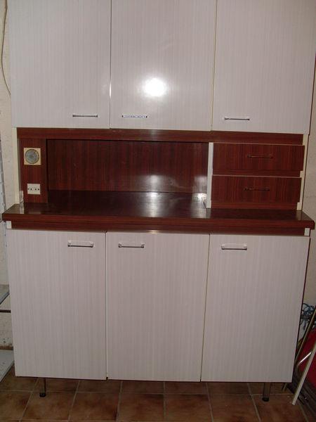 meubles de cuisine occasion dans l 39 aude 11 annonces achat et vente de meubles de cuisine. Black Bedroom Furniture Sets. Home Design Ideas