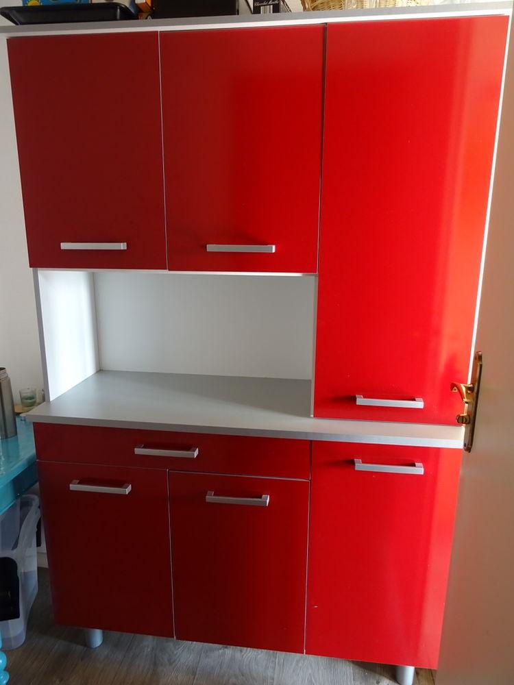 buffet de cuisine rouge 150 Douai (59)