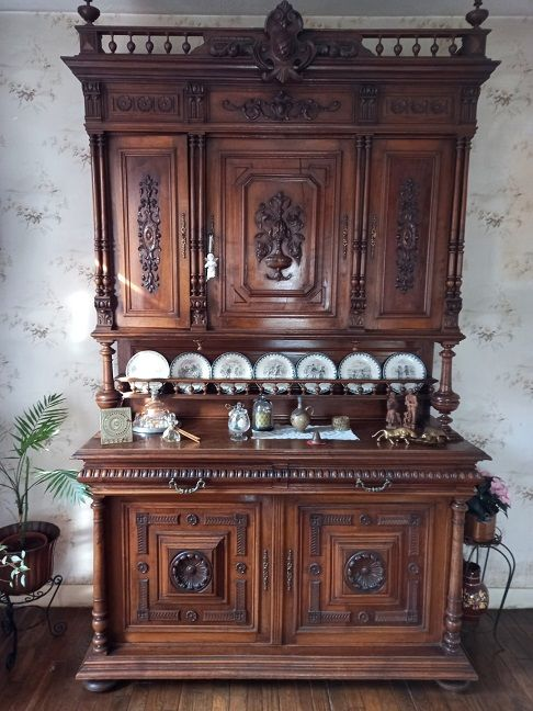 Buffet et desserte style henry ii 150 Moissy-Cramayel (77)