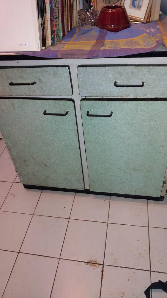 Buffet en formica vert deux portes  À nettoyer rénover  50 Rosny-sous-Bois (93)
