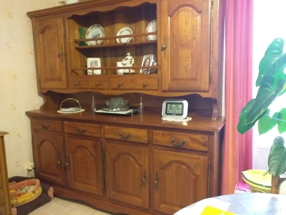 buffet de séjour vaisselier, table et deux chaises 0 Sens (89)