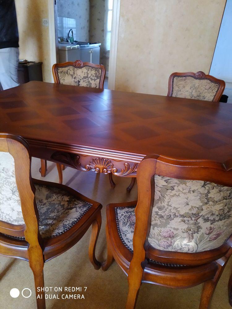 Buffet style Louis XV avec ça table et 4 chaises merisier 0 Meaux (77)