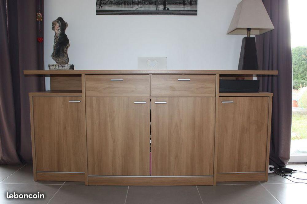 vaisseliers occasion annonces achat et vente de vaisseliers paruvendu mondebarras page 6. Black Bedroom Furniture Sets. Home Design Ideas