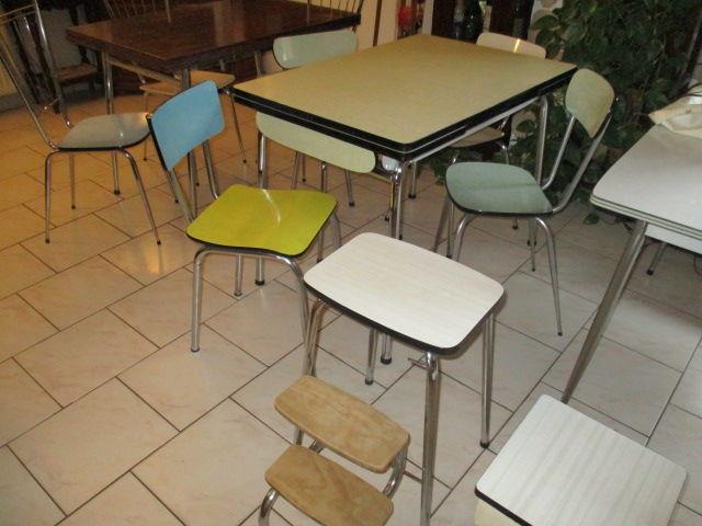 buffets tables chaises et tabourets en formica vintage 25 Lingolsheim (67)