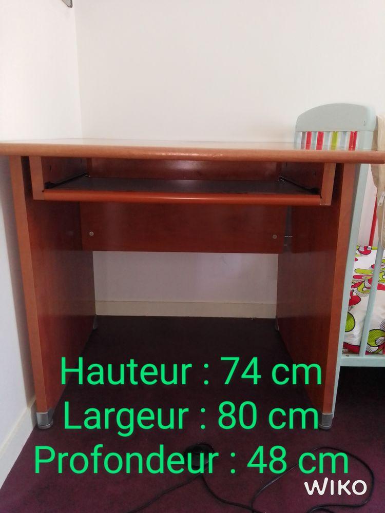 Bureau acajou 25 Nantes (44)