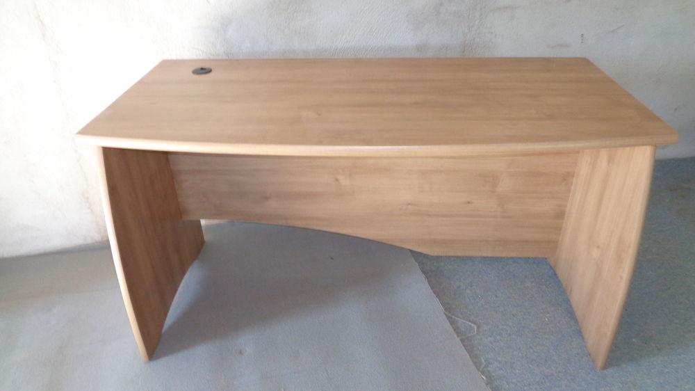 achetez bureau ados enfant quasi neuf annonce vente maizilly 42 wb157535380. Black Bedroom Furniture Sets. Home Design Ideas