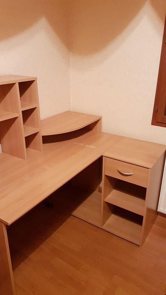 bureau d angle avec chaise 40 Ars-sur-Formans (01)