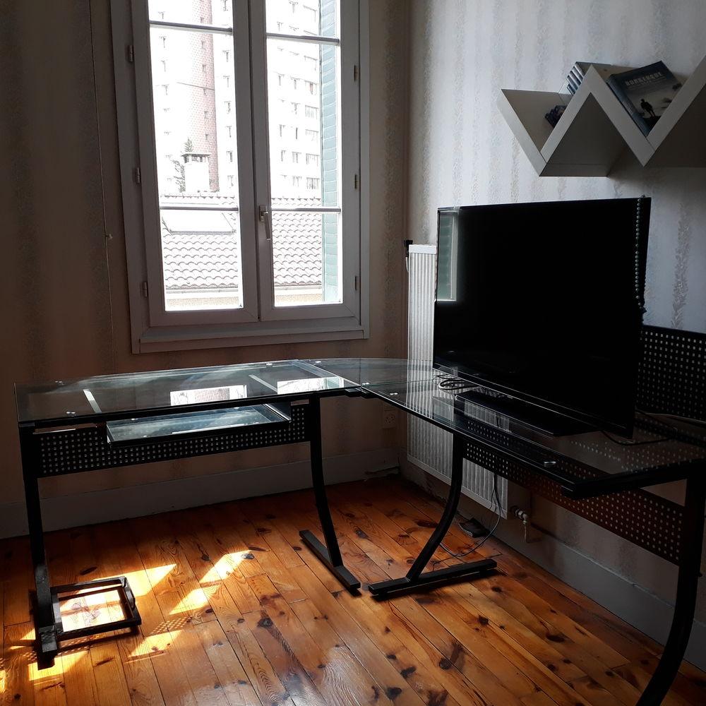 Bureau d'angle verre et acier 150 Grenoble (38)