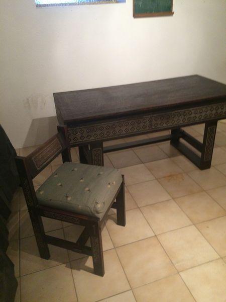 Bureau d'artisanat malgache 0 Forcalqueiret (83)
