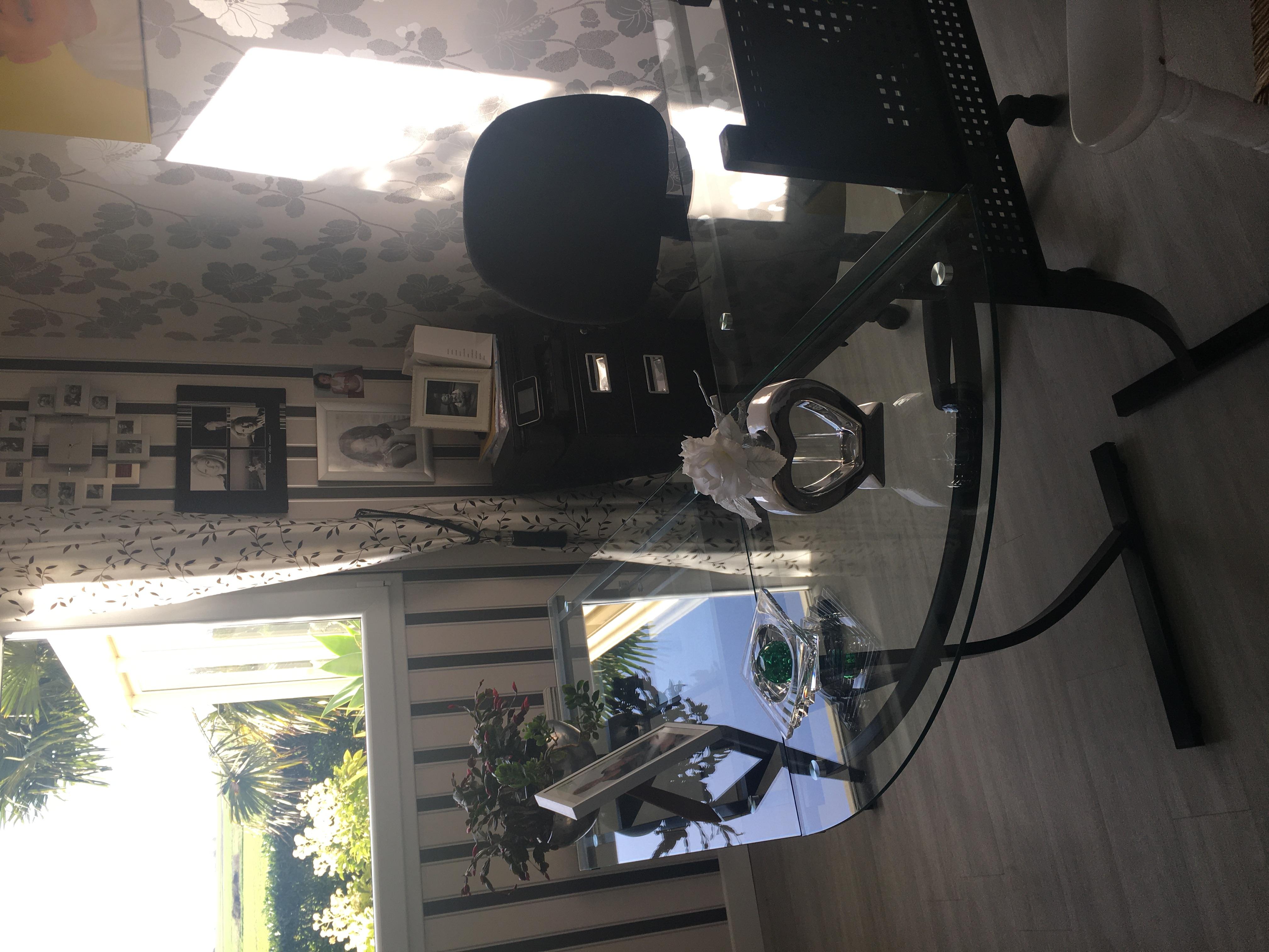 bureau avec plateau en verre 0 Niergnies (59)