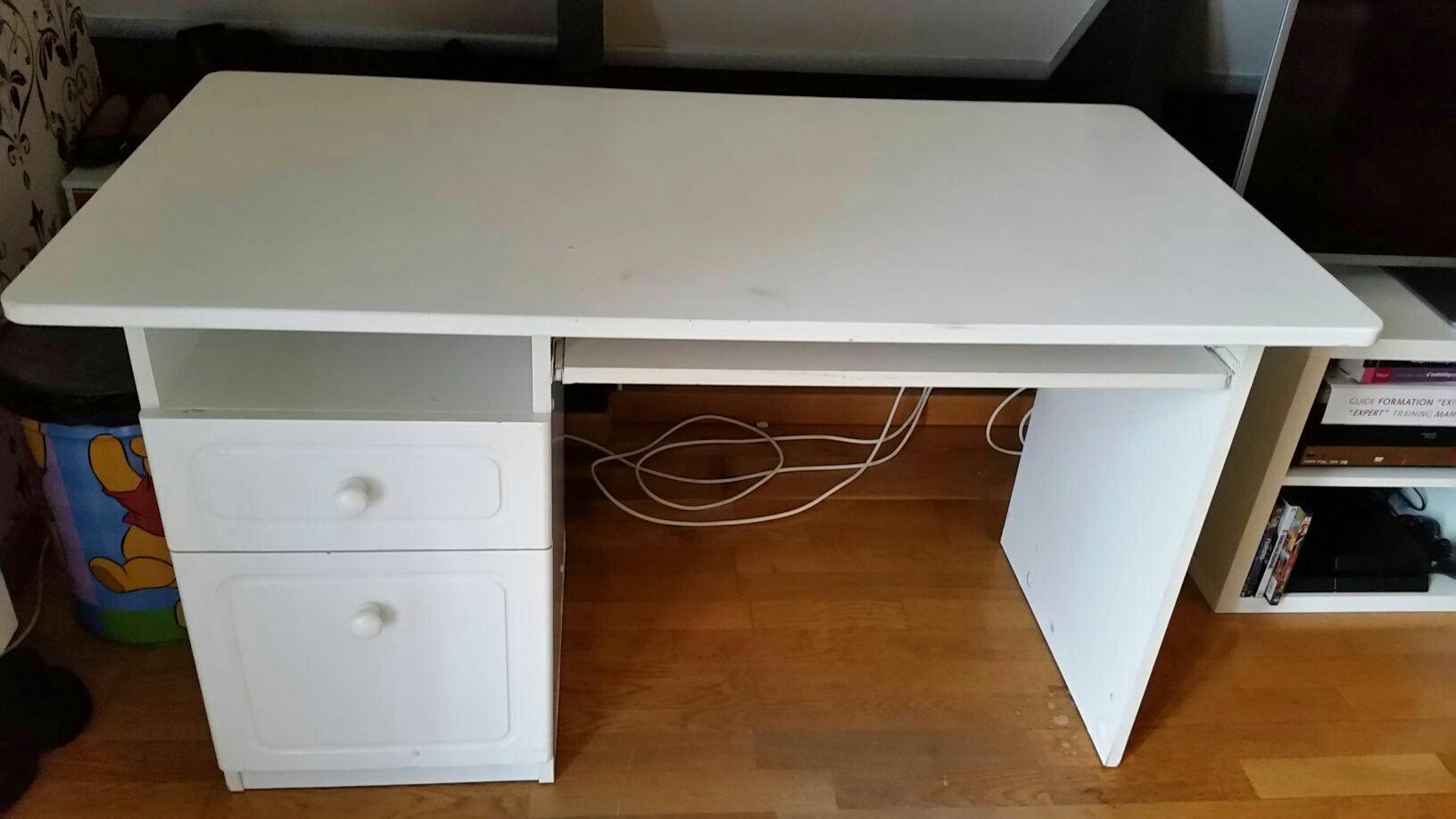 Achetez bureau bois blanc occasion annonce vente à cergy 95