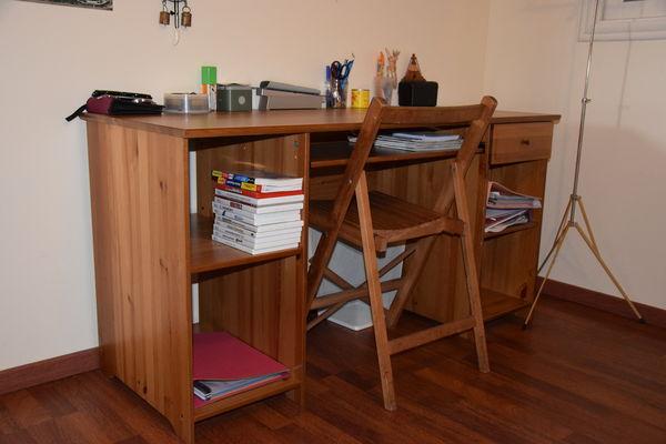 Bureau en bois neuf IKEA 60 Idron (64)