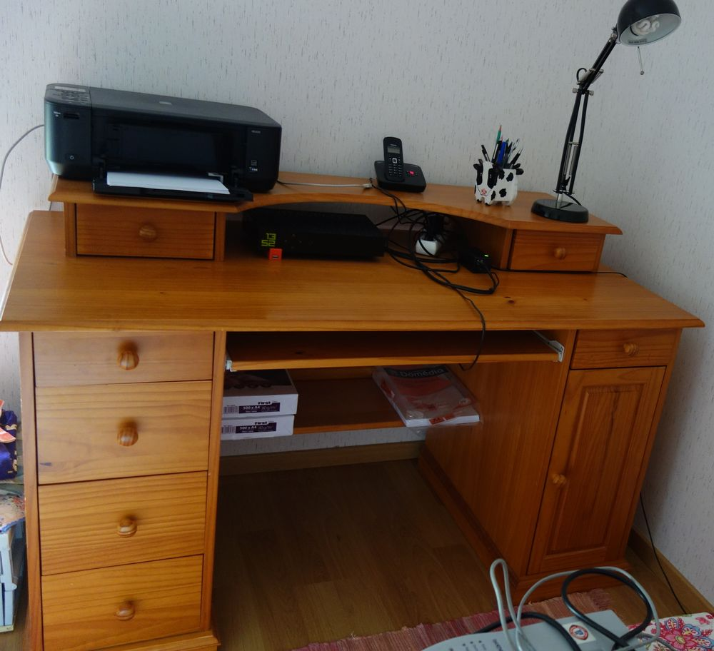 bureau en bois 80 La Chapelle-des-Fougeretz (35)