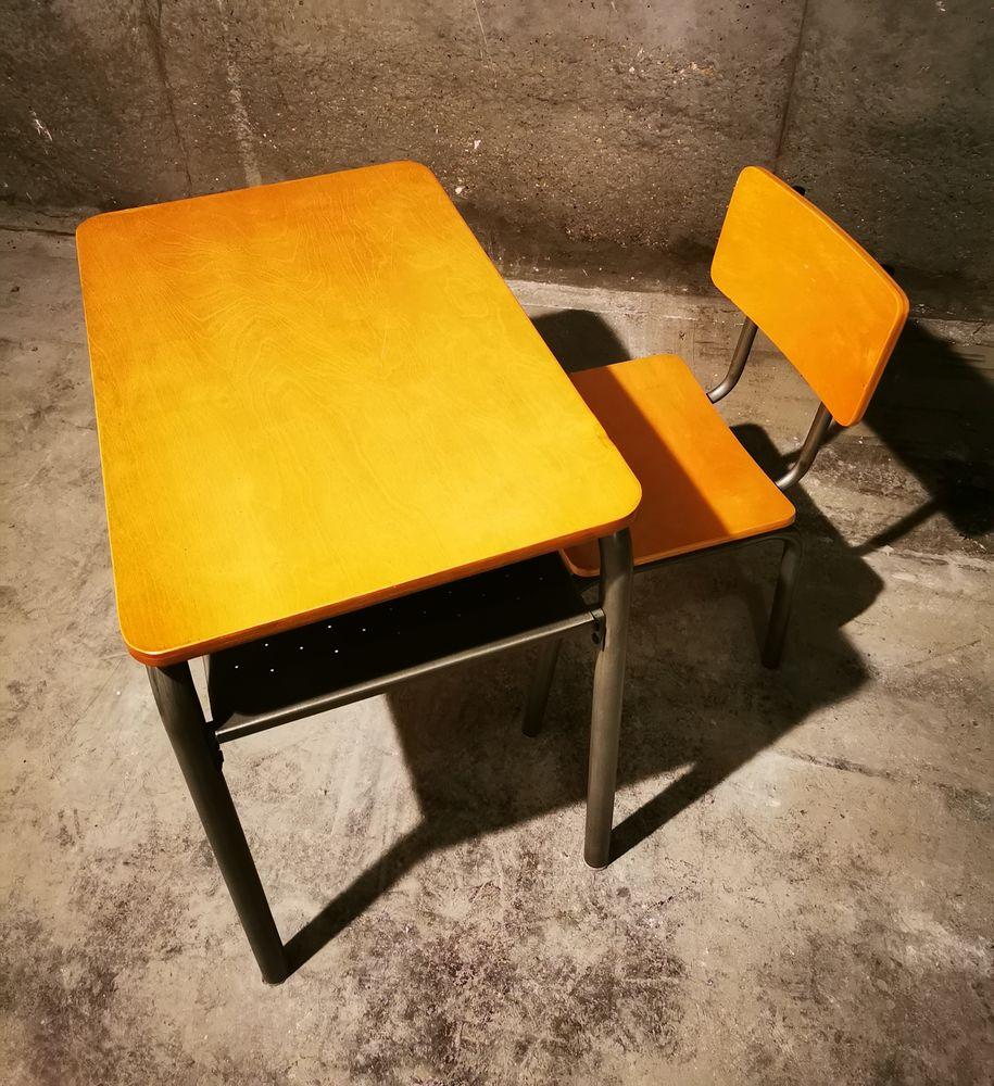 Bureau et chaise d'écolier vintage (bois/métal) 75 Chatou (78)