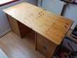 Bureau droit Ikea 70 X 139 cms , H : 74