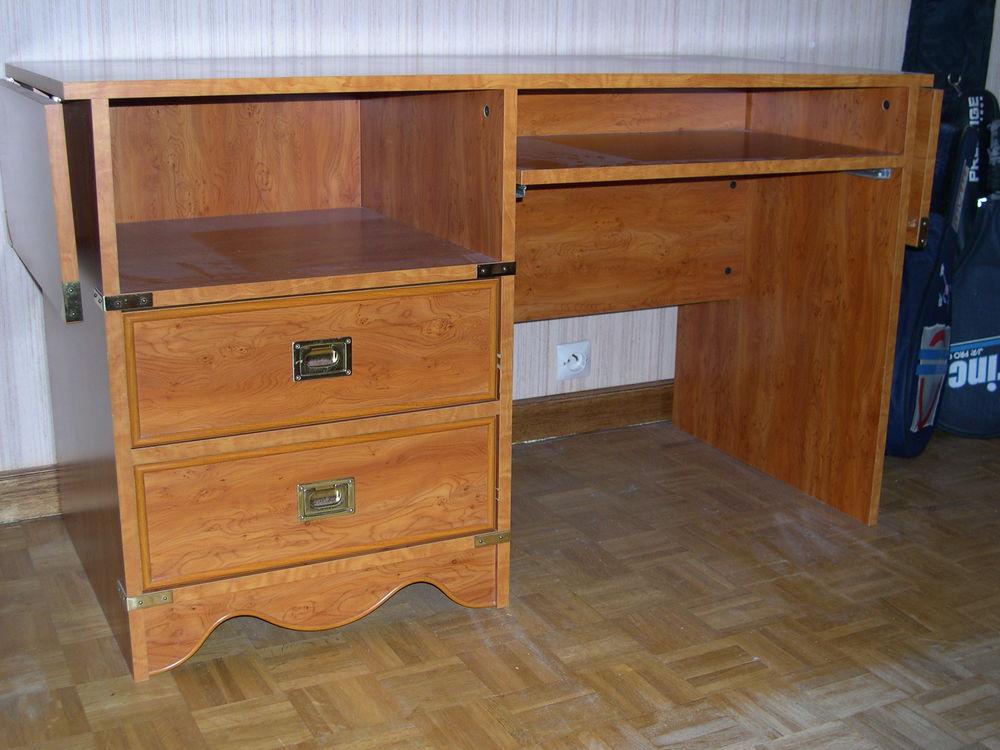 bureaux merisier occasion dans le centre annonces achat et vente de bureaux merisier. Black Bedroom Furniture Sets. Home Design Ideas