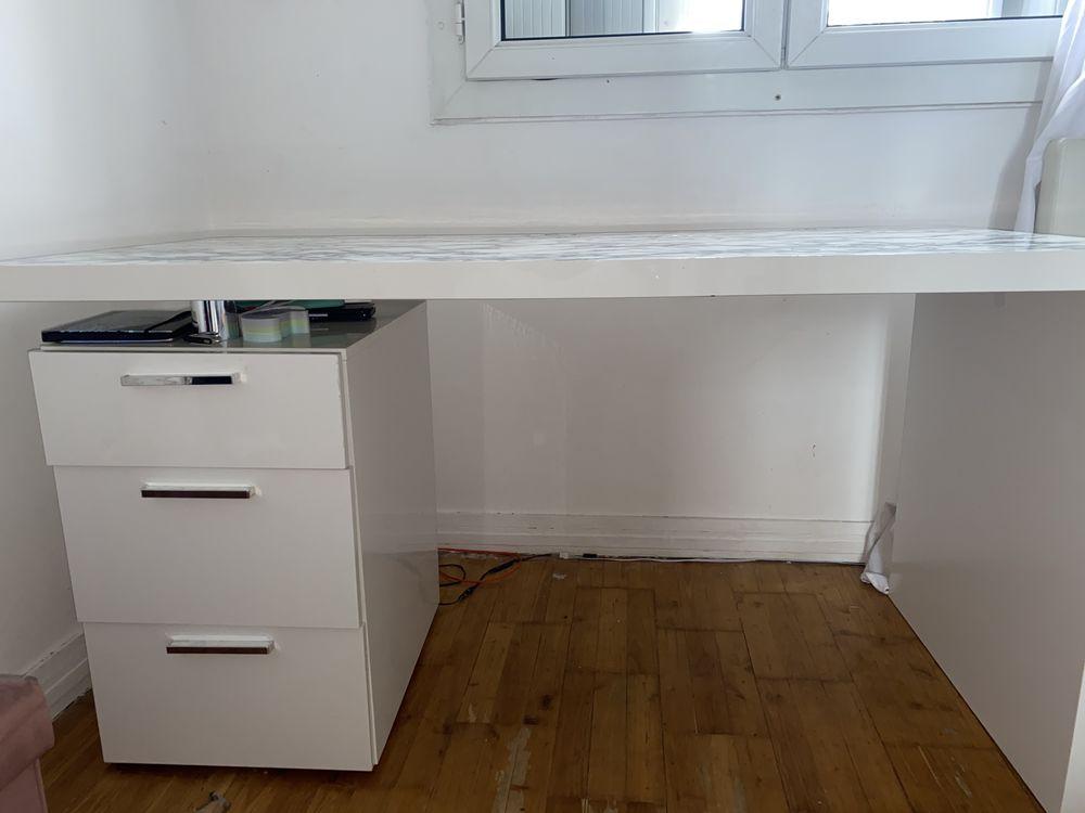 Bureau laqué blanc  180 Créteil (94)