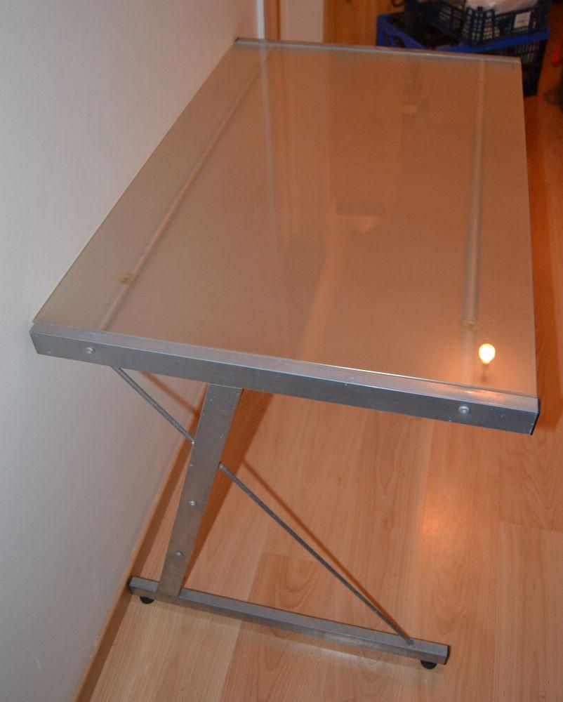 Bureau metal et verre trempe 20 Orléans (45)
