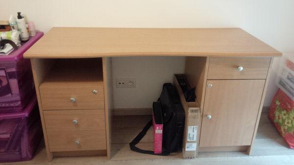 chaises occasion ivry sur seine 94 annonces achat et vente de chaises paruvendu mondebarras. Black Bedroom Furniture Sets. Home Design Ideas