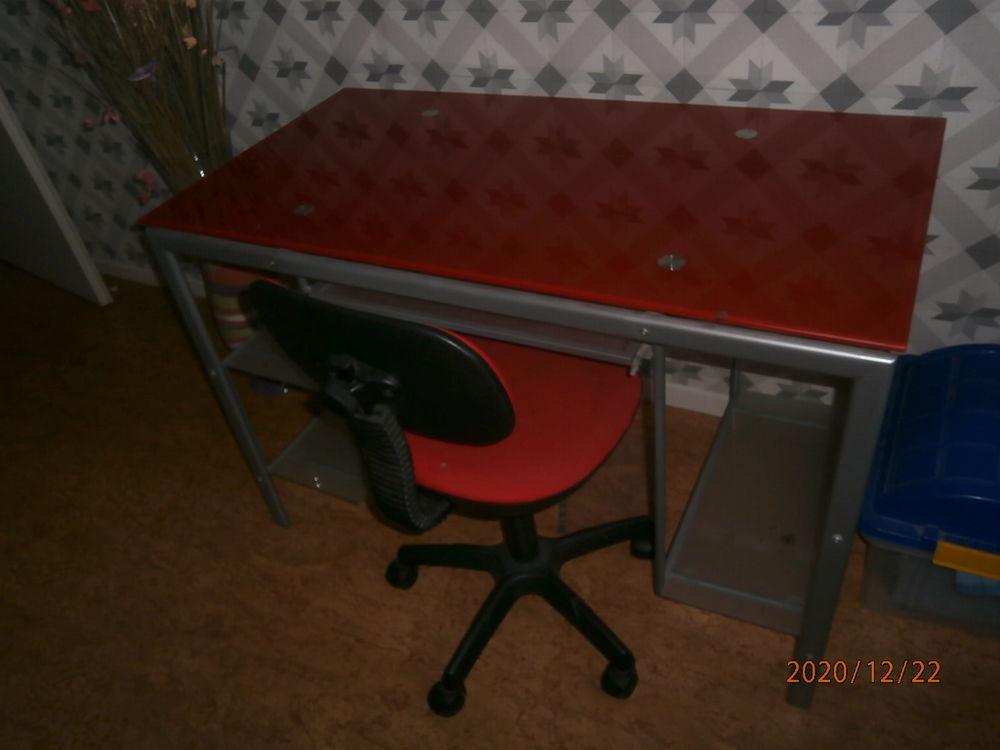 bureau plus chaise  50 Dunkerque (59)