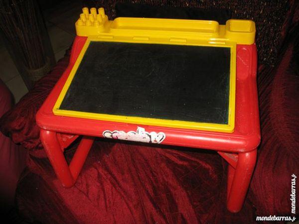 smoby occasion en le de france annonces achat et vente de smoby paruvendu mondebarras. Black Bedroom Furniture Sets. Home Design Ideas