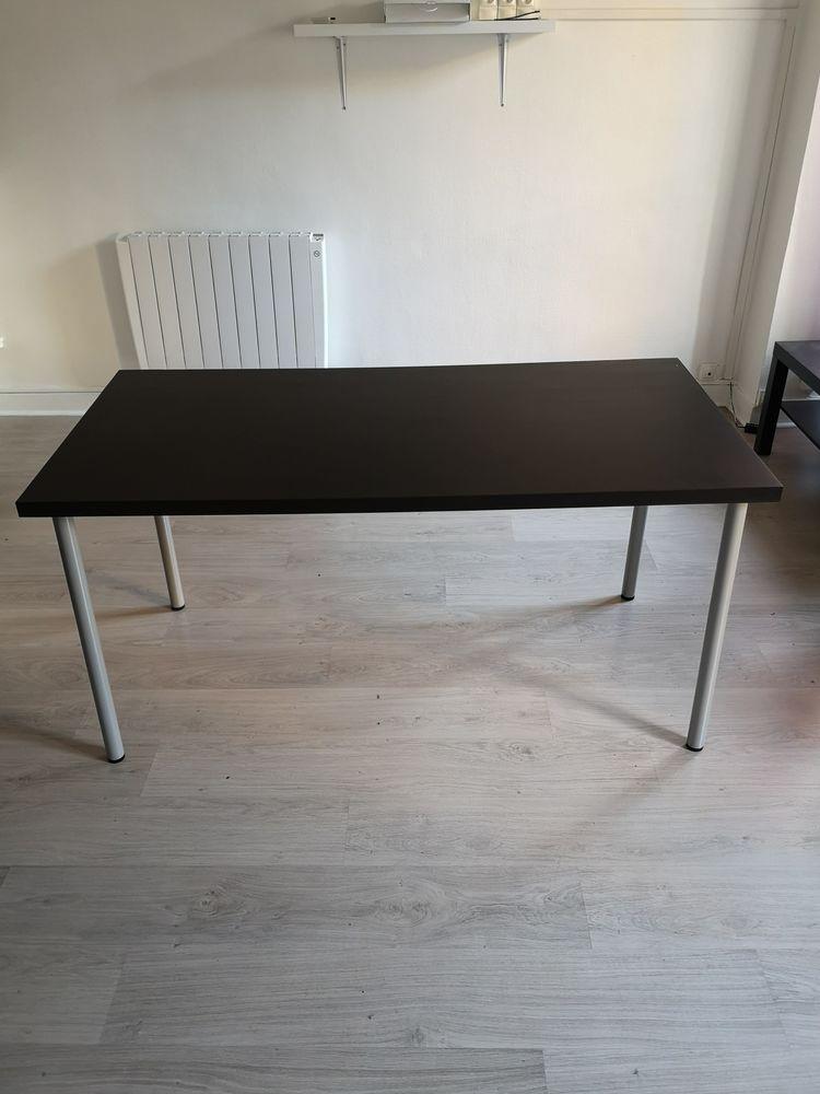 Bureau ou table Meubles