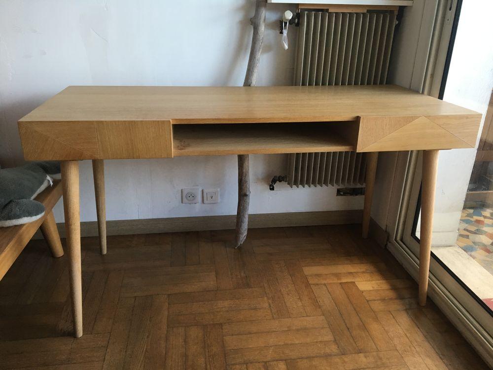 Bureau 2 tiroirs 1 casier chêne massif/panneaux 330 Nice (06)