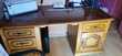 Bureau et vitrine Meubles