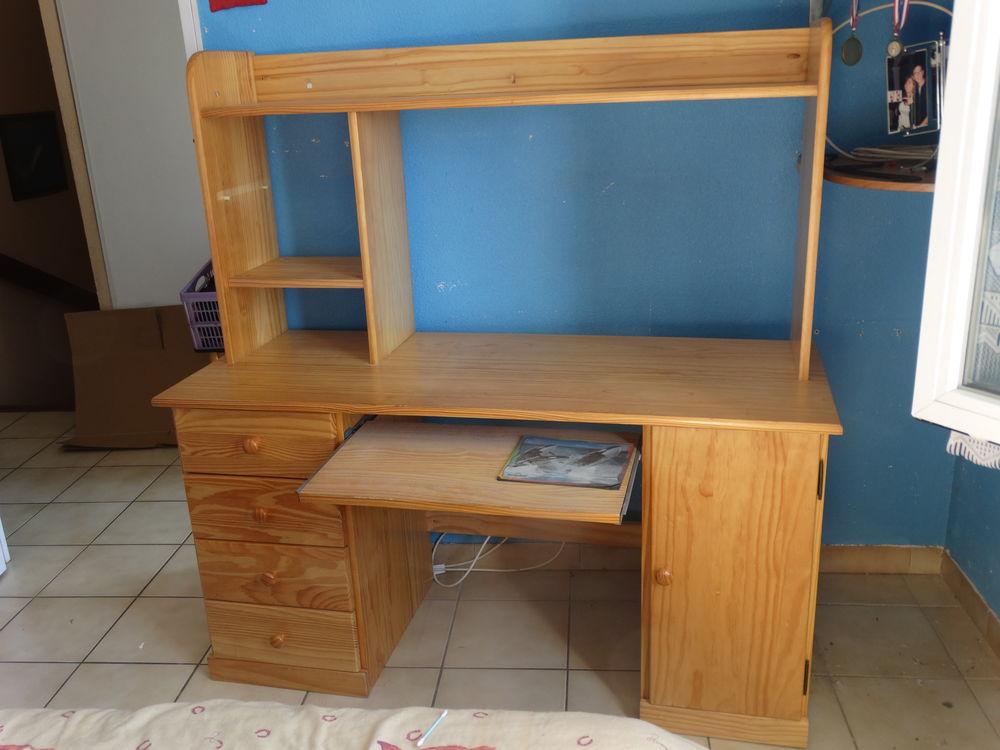bureaux occasion nimes 30 annonces achat et vente de bureaux paruvendu mondebarras page 4. Black Bedroom Furniture Sets. Home Design Ideas