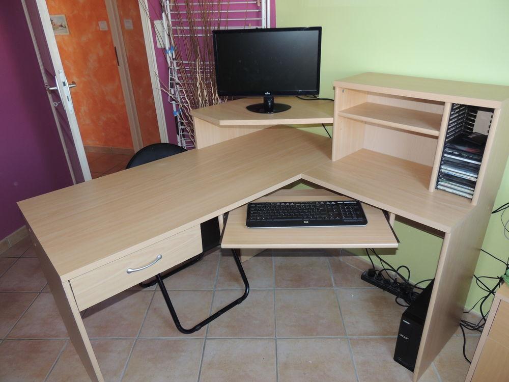 bureaux d 39 angle occasion en vend e 85 annonces achat et vente de bureaux d 39 angle paruvendu. Black Bedroom Furniture Sets. Home Design Ideas