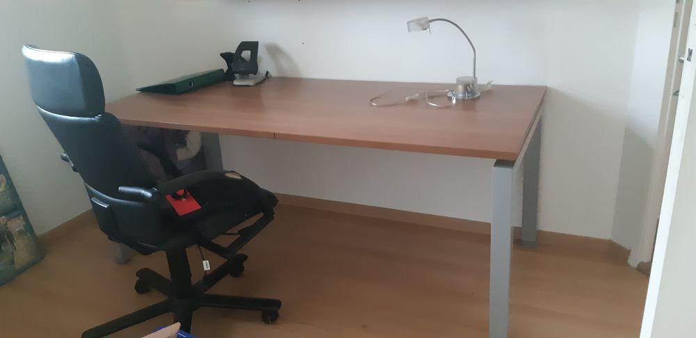 Bureau  203 Saint-Victor-de-Morestel (38)