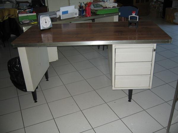 2 bureaux secrétaire   0 Rognac (13)