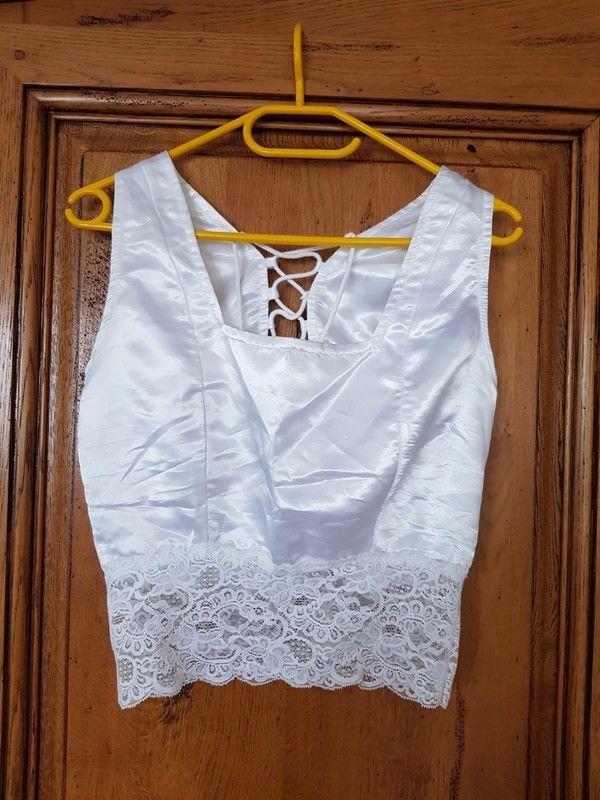 Bustier satin blanc mesure aisselles a aisselles a plat 44 c 9 Viriat (01)