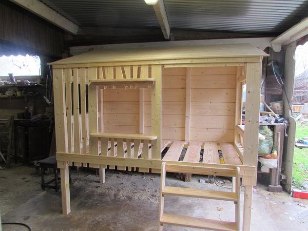 Achetez lit cabane lit neuf revente cadeau annonce for Maison jardin enfant occasion
