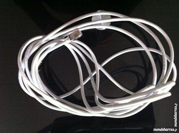 Câble réseau 5m. 2 Clichy (92)